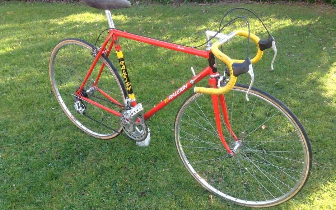 1981 Ti Raleigh Rapide in Team Colours – For Sale!